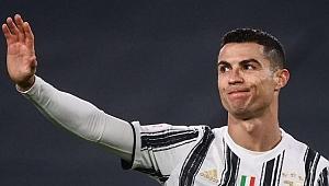 Ronaldo, Manchester United'a transfer oldu!