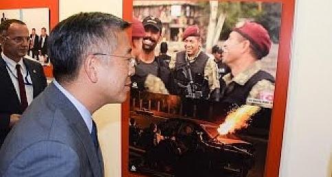 AA'nın 15 Temmuz fotoğrafları Tiran'da sergilendi