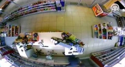 Hırsızlık zanlılarını güvenlik kamerası yakalattı